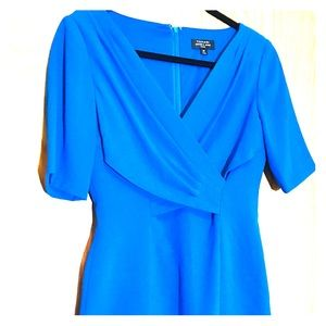 Dresses & Skirts - Tahari blue dress